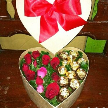 Heart Gift, Ferrero Rocher, Roses, heart, choco, chocolate